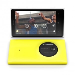 nokia-lumia-1020-front-back