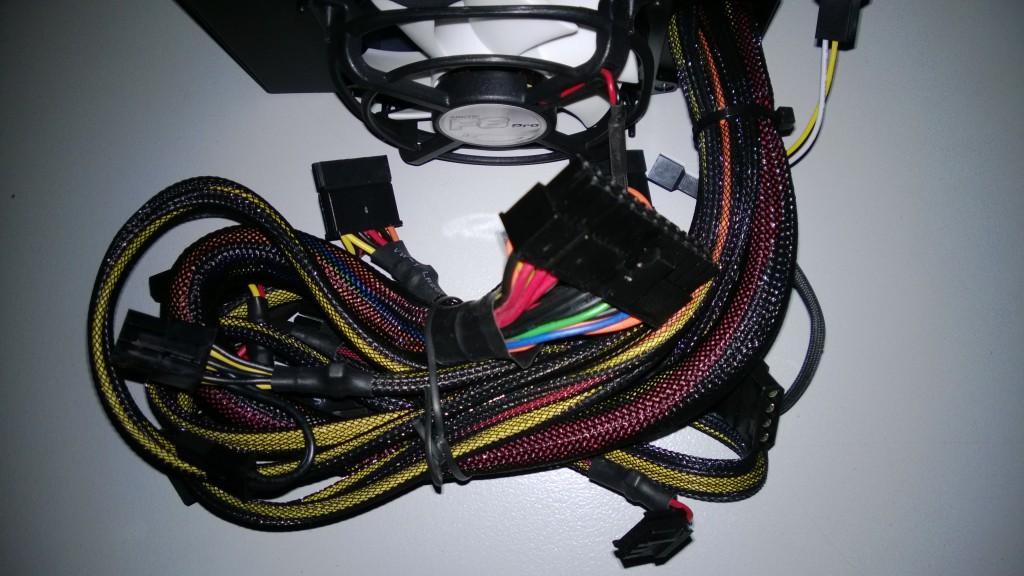 pc-startet-nicht-netzteil-stecker