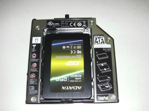 SSD im Slimline-Laufwerksschacht